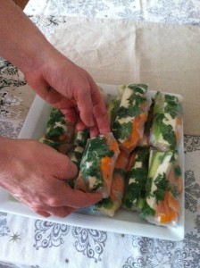 making low calorie spring rolls